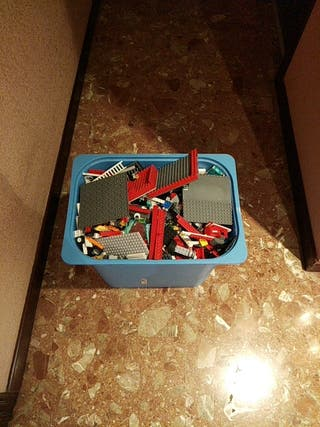 Caja Piezas de Lego