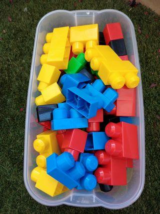 107 piezas de construcción MEGABLOKS