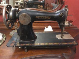 Antigüedad máquina de coser