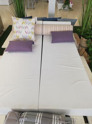 cama balinesa jardín acabada con tejido exterior