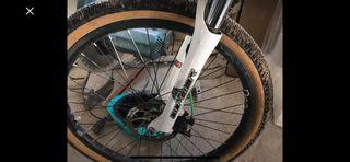 Dmr reptoid drone dirt jump bike
