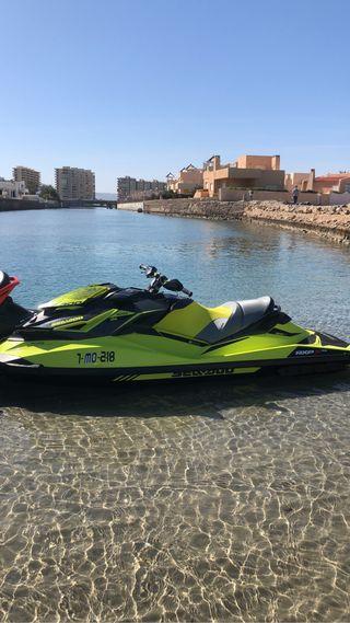 MOTO DE AGUA RXP 300