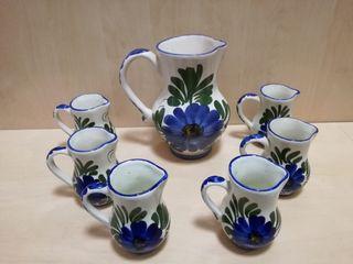 antiguas jarras jarritas de ceramica flores