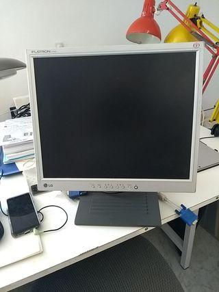 pantalla 14 pulgadas LG