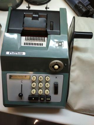 calculadora mecanica Olivetti año 1962