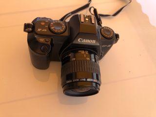 Cámara analógica Canon EOS 500 N