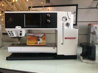 Máquina de Coser BERNINA 820 + Carro de Acolchado