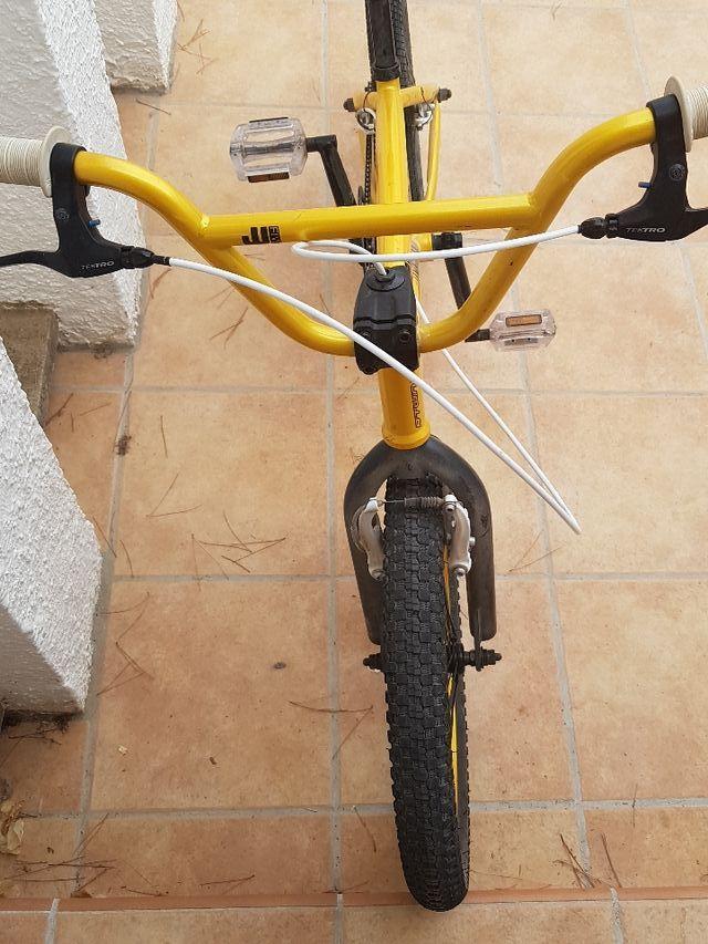 Bicicleta BMX WIPE FIVE