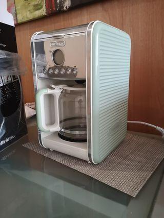Retro filter coffee machine