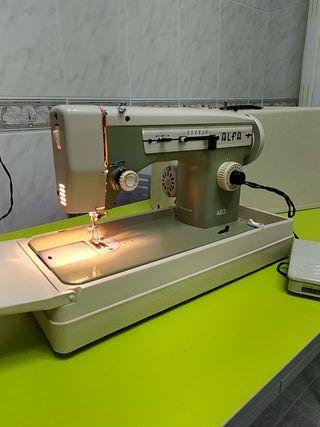 Máquina de coser ALFA 482