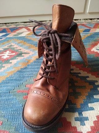 botines marrones cordones piel