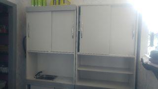REBAJADO mueble laboratorio peluquería.