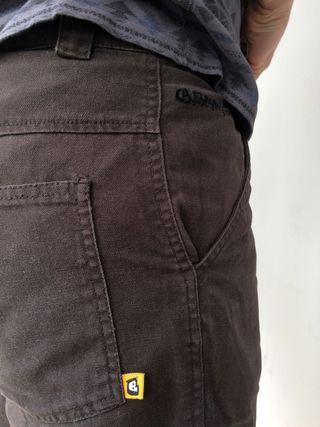 Pantalón corto   Short   Taille L