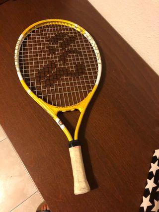 Raqueta tenis infantil.