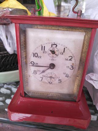 antiguo reloj kienzle