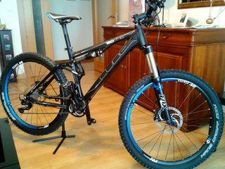 "Bicicleta CUBE AMS 150 Race (26"")"
