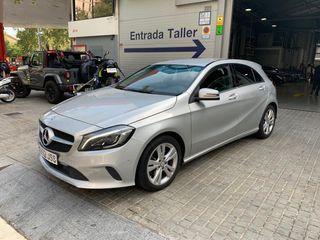 Mercedes Clase A muy nuevo con todos los extras