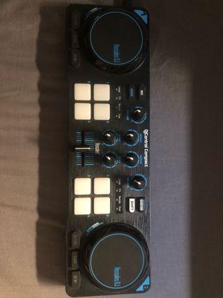 Hércules djcontrol compact DJ