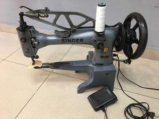 Máquina coser zapatos