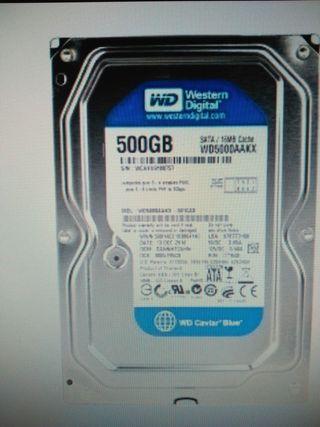 Disco duro SATA 500GB.