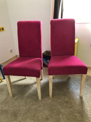 Se vende lote de sillas y mesa 80€