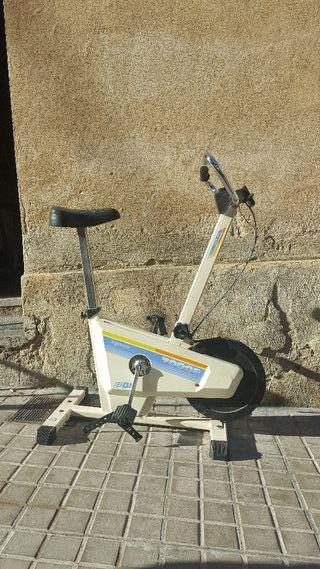 bicicleta estática con cuenta Km