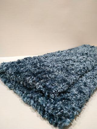 Dos alfombras azules de A Loja do Gato Preto de segunda mano