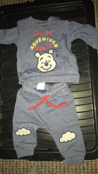 Baby boys wine the Pooh outfit 0-3months