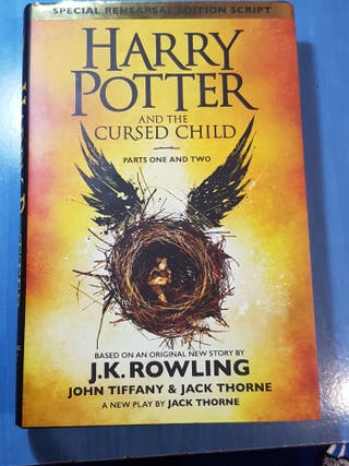 Harry Potter 8 and the Cursed Child (inglés)