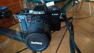 cámara fotos minolta X 300 clasica objetivo 28-70