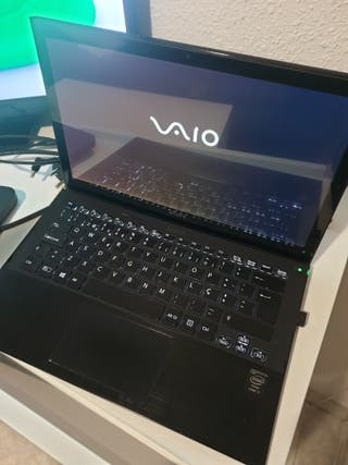 Ultrabook Sony Vaio i7 13.3 táctil. CAMBIO.