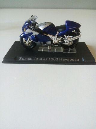 MOTO SUZUKI GSX-R 1300 HAYABUSA