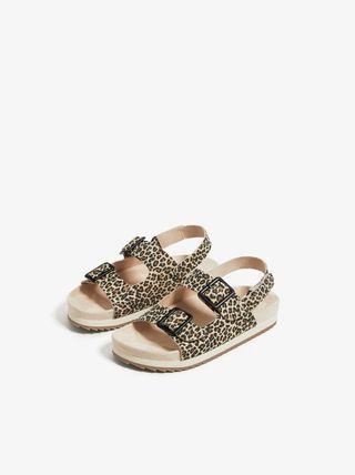 sandalias planas de leopardo
