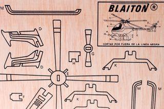Maqueta de madera, recortar y pintar. Helicóptero