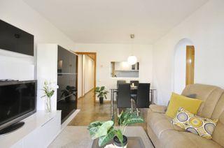 Fantástico piso con excelente ubicación Rubí #2379