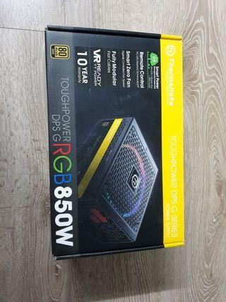 fuente de alimentación thermaltake RGB 850W