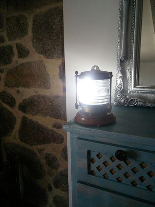 lampara de barco