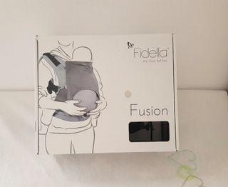 Porta bebé ergonómico Fidella fusión Gris