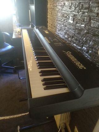 Teclado Piano FATAR SL-880 de STUDIOLOGIC