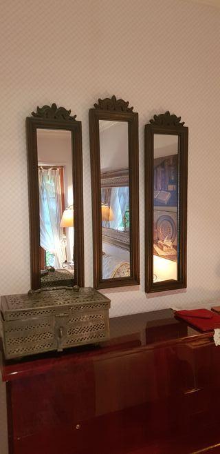 Tres Espejos de Salón