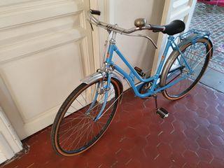 Bicicleta clásica, bicicleta antigua.