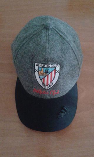 1dedcd983085 Gorra Adidas de segunda mano en Madrid en WALLAPOP