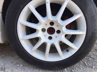 """Llantas 16"""" con neumático"""