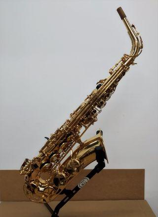 Saxo Alto Yamaha YAS-275 lacado