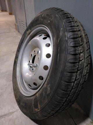 rueda de remolques
