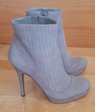 Zapatos tacón Zara nuevos (talla 37)