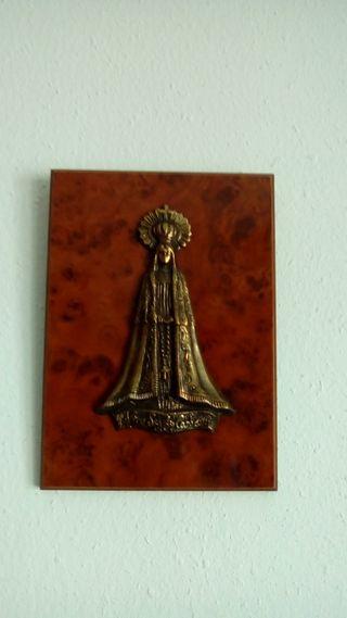 virgen de bronce