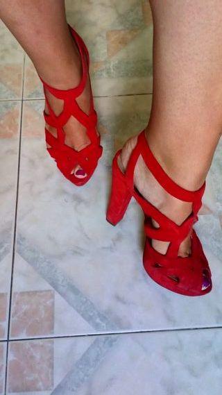 Sandalias de tacón con plataforma de Zara. 37