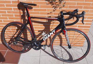 Bicicleta Giant Propel Advanced