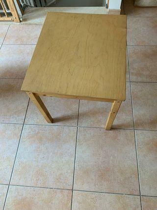 mesa cuadrada para nenes